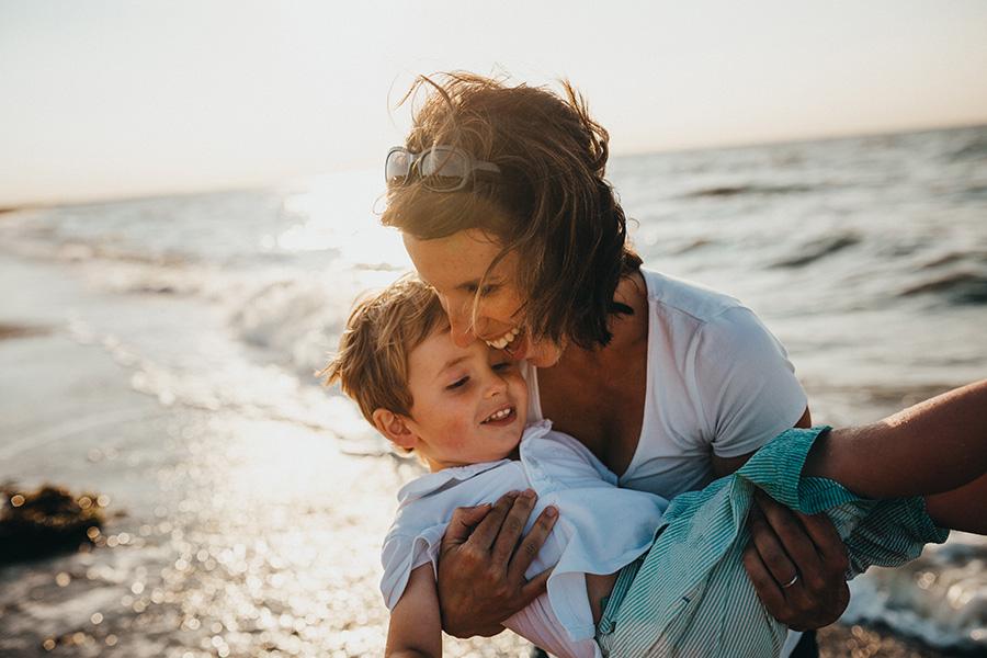 Testimonios de madres y padres sobre Crecer en Salud Brain Centers
